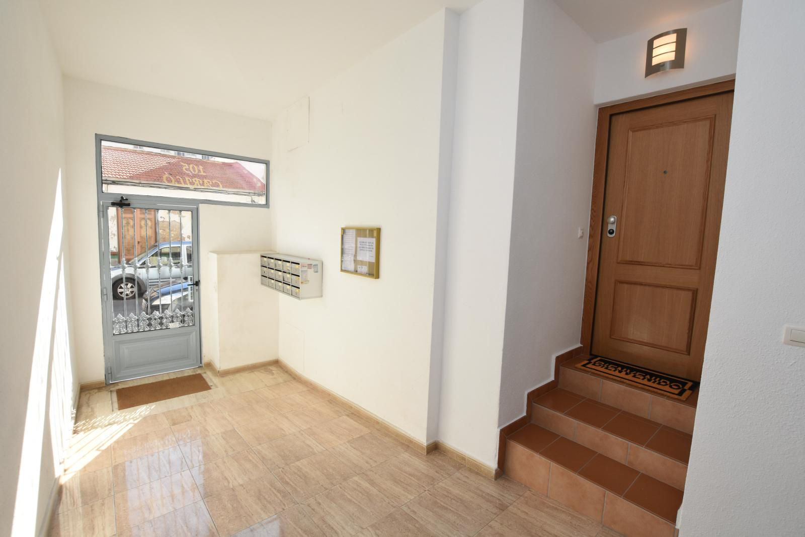 Incredible For Sale 2 Bedroom Apartment 2 Full Bathrooms Newly Download Free Architecture Designs Scobabritishbridgeorg